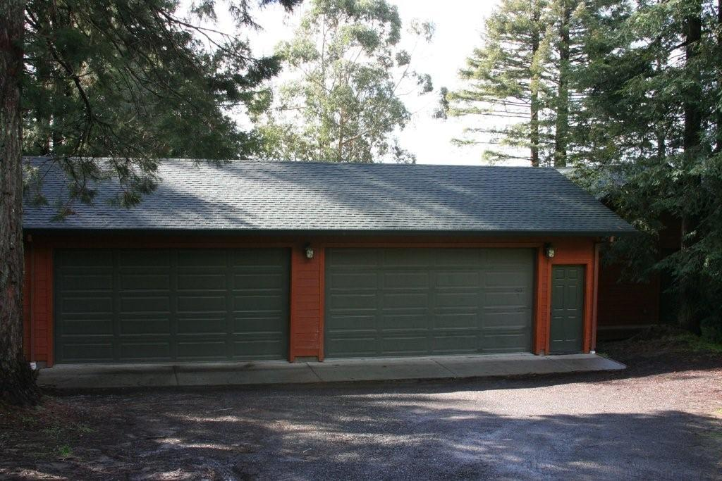 Featured home pacific modern homes inc for Garage homes kits